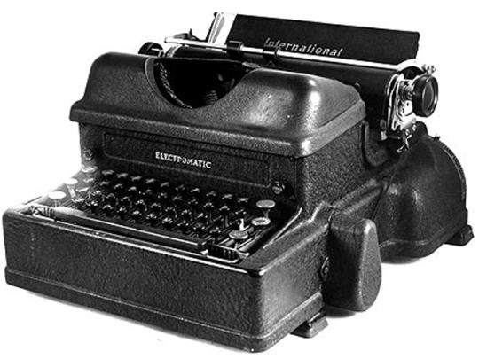 Печатная машинка IBM Electric Typewriter
