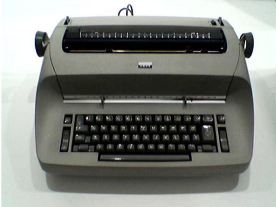 Печатная машинка IBM Selectric typewriter