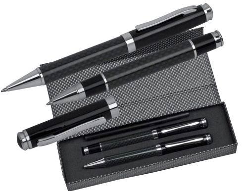 Шариковые ручки в футляре